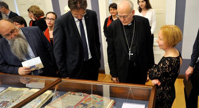 Múzeumi tér és kiállítás nyílt az Esztergomban