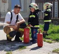 A tokodi ovisok a tűzoltókhoz látogattak