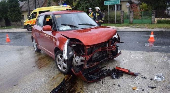 Fiatal nő okozott balesetet Esztergomban