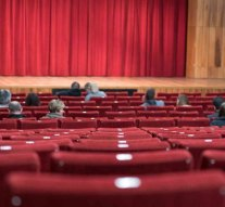 Színházi előadások a dorogi művelődési házban