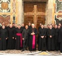 Országjárásra viszik az Eucharisztikus Világkongresszus keresztjét
