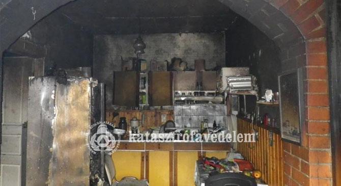 Kigyulladt egy családi ház Tokodon