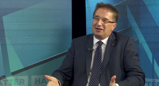 Völner: Nem kellene Esztergomnak farkast kiáltania