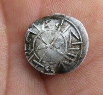 Szent István-kori pénzérme került elő az alacsony Dunából