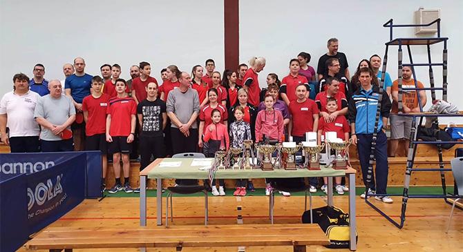 Asztalitenisz falubajnokságot rendeztek Dágon