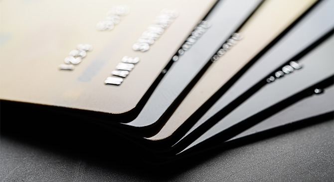 Bankszámlák nyitásával segítette a csalókat, akár öt évet is kaphat