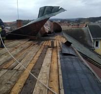 Megtépázta a szél a Ferences Gimnázium tetőszerkezetét