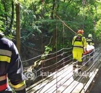 Megsérült túrázót mentettek ki Visegrádról