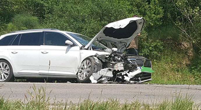 Két autó ütközött össze Piliscsabán