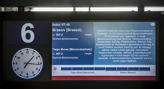 A határon túli települések magyar neveit is feltünteti a MÁV