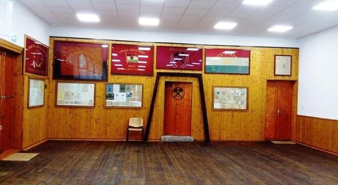 Megújult a csolnoki Bányász Művelődési Ház