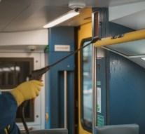 Fokozott fertőtlenítési intézkedéseket vezetett be a MÁV és a Volánbusz
