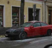 Kigyulladt egy személyautó Esztergomban