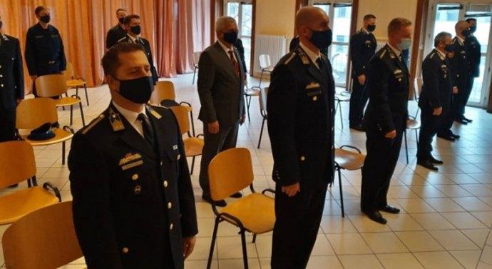 Esztergomi és nyergesújfalui rendőröket is jutalmaztak