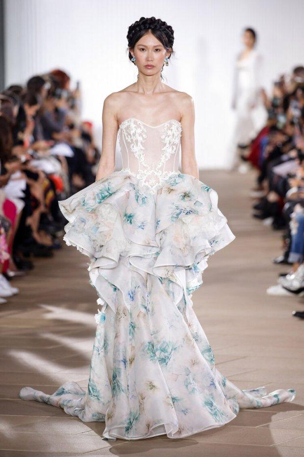Suknie ślubne 2020, modne suknie ślubne, Panna Młoda 2020, ślub 2020, moda ślubna, najpiękniejsze suknie ślubne, trendy ślubne 2020, wedding dress trends 2020