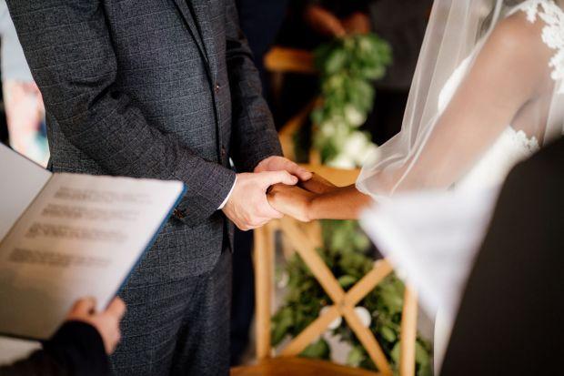 Ślub w Villa Love, Ślub w Krakowie, Ślub cywilny, Przysięga małżeńska, Formalności ślubne