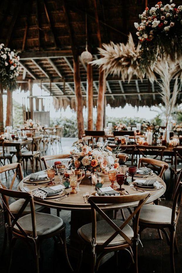 Miejsce na wesele w stylu boho, wesele w stylu boho, boho sala na wesele, dekoracje w stylu boho, trendy ślubne 2020, majpiękniesze śluby