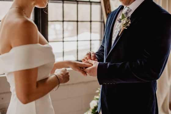 Ślub i wesele w pandemii, Organizacja wesel w 2021 roku, Wesela a Pandemia COVID-19, Pandemia a Branża ślubna, Pary Młode a Pandemia, Koronawirus a organizacje wesel, Wedding Planner, Konsultant Ślubny, Małżeństwa 2021, Planowanie wesela, Ograniczenia rządowe, Odmrażanie branży, Protesty branży, Zakaz wesel, Panna Młoda 2021, Pan Młody 2021, Ślub 2021, Wesele 2021, Porady ślubne, Konsultacje ślubne