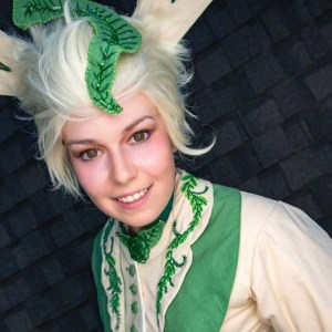 Leafeon by Destiny's Curse Photography
