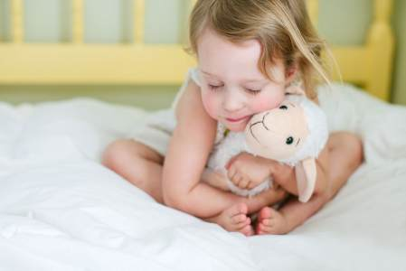 How-to-Get-Kids-to-Stop-Sleeping-with-Teddy-Bears-or-Blankets