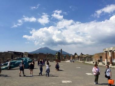 El Vesubio desde el Foro de Pompeya