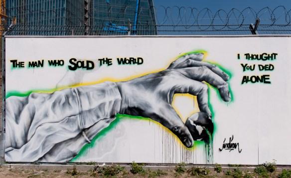 2013-05-05 D700 Graffiti Frankfurt EZB 032
