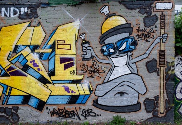 2013-05-21 X100 Graffiti Schlachthof Wiesbaden 002