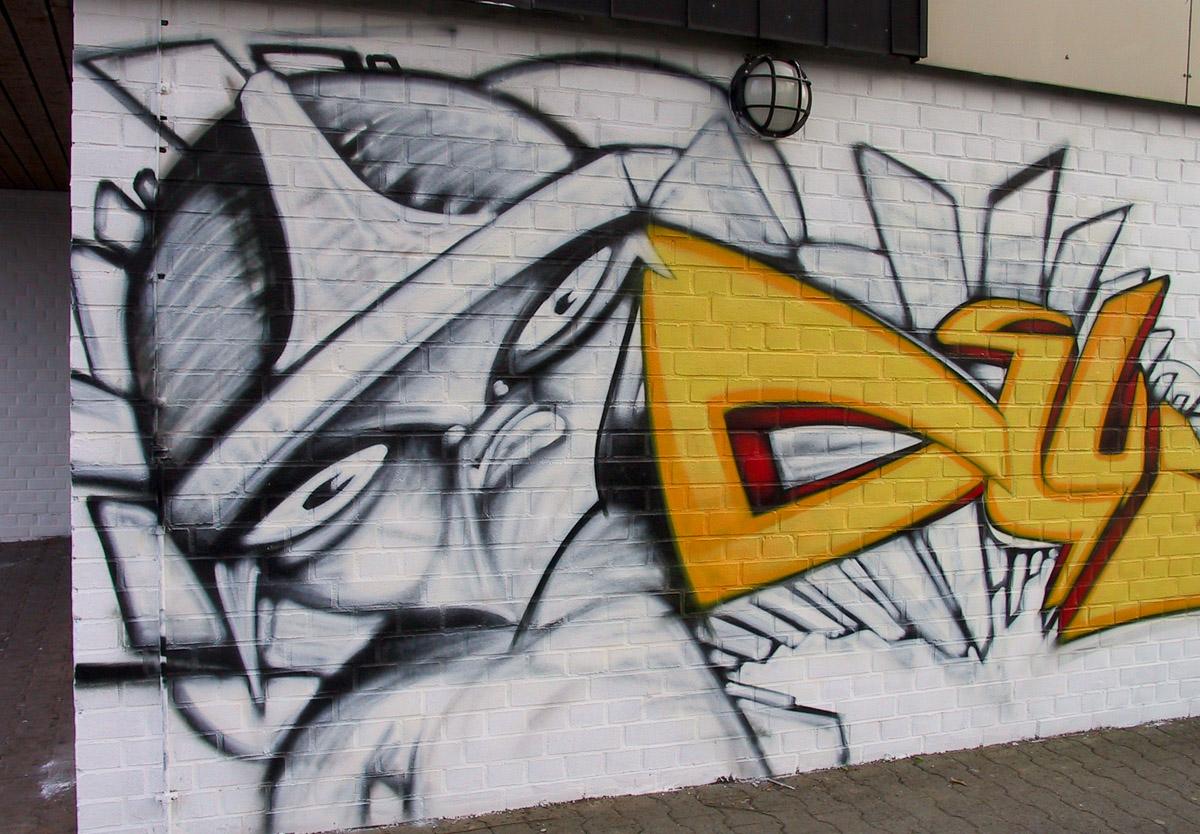 Wiesbaden - Graffiti am Stadtteilzentrum Schelmengraben (02/2014)
