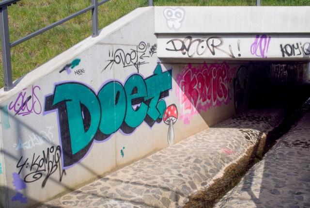 2014-03-30 EM1 Graffiti Gelnhausen 0003