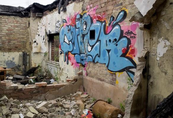 2014-04-03 EM1 Graffiti Mainz-Kastel 0006