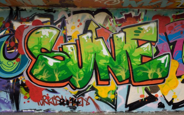 2014-04-03 EM1 Graffiti Mainz-Kastel 0048