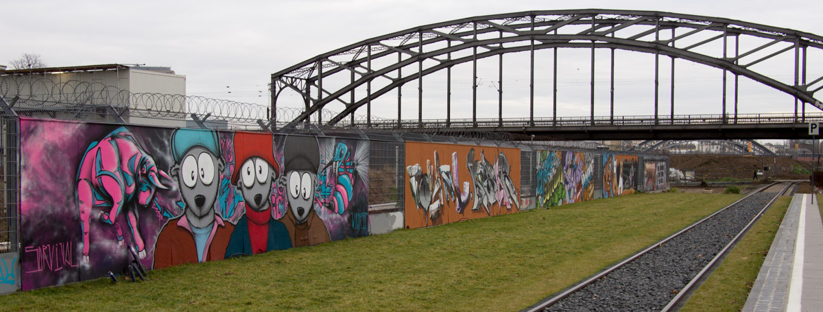 Frankfurt - ehemaliger Bauzaun an der EZB