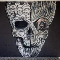 Graffiti unter der Friedensbücke in Frankfurt - Fuchs, Gans, Hund & Totenkopf