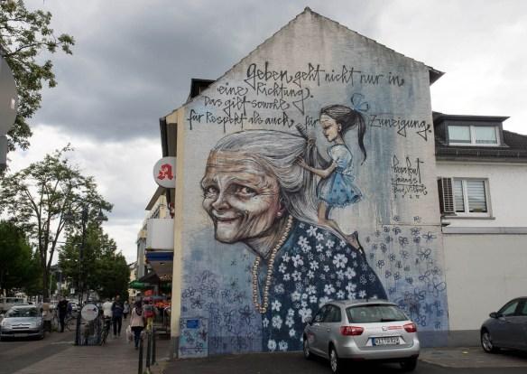 2015-05-26 EM1 Graffiti Herakut Bad Vilbel 0011