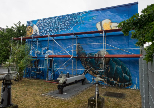 2015-06-18 EM1 Graffiti Mainz-Kastel MOS 2015 0051