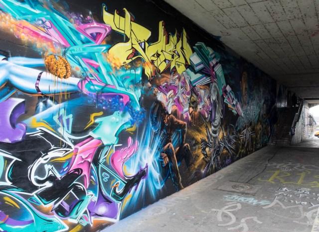 2015-06-18 EM1 Graffiti Mainz-Kastel MOS 2015 0125