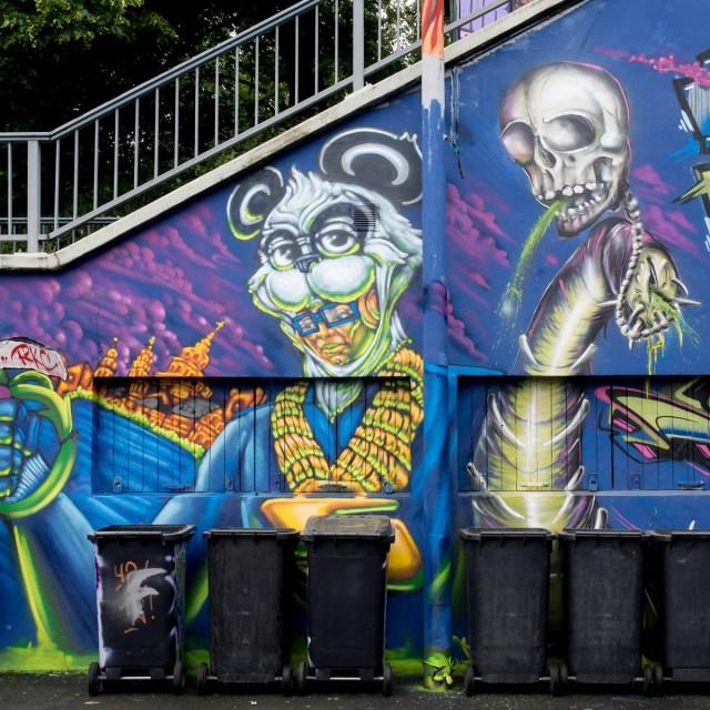 2015-06-18 EM1 Graffiti Mainz-Kastel MOS 2015 0231