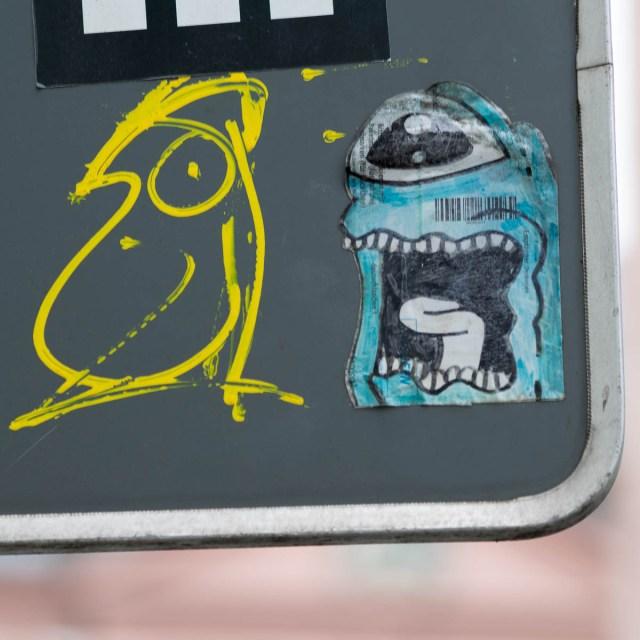 Mainz Klebemonster Streetart
