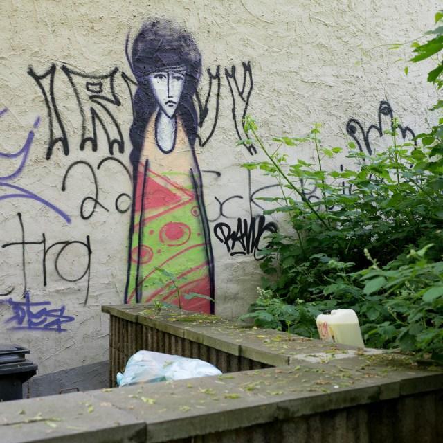 Graffiti Mainz Das traurige Mädchen
