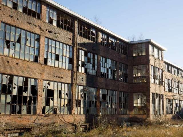 Ehemalige KFZ Produktionsstätte in Thüringen (Lost Places/Urbex)