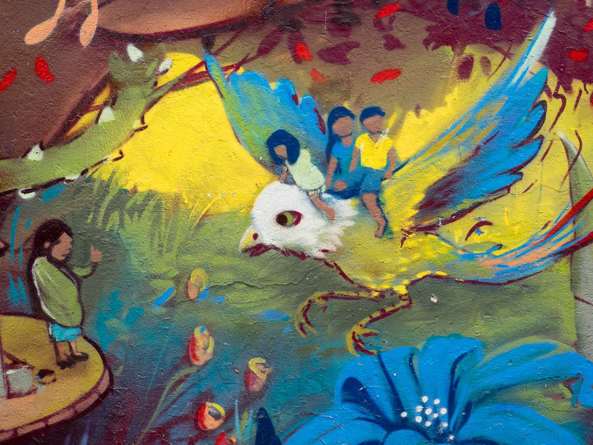 Stuhl mit Aussichten (42) auf Kunst in Bogota
