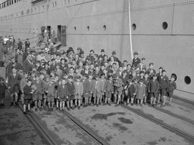 Как «цивилизованный» Запад в XX веке торговал детьми