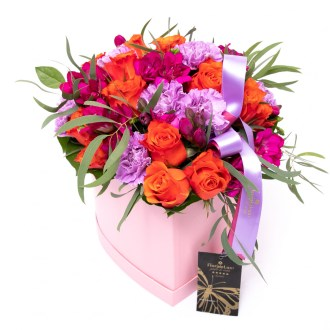 Cutii cu flori de la FlorideLux, Culorile Iubirii, doar 329 RON!