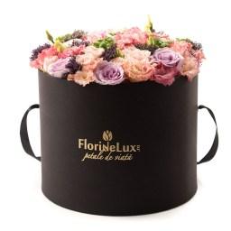 Surpriza florala eleganta, doar 494,99 RON!
