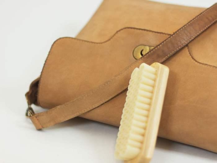 Как ухаживать за изделиями из кожи?