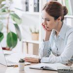 Опоздания и природная скромность ‒ почему тебя не повышают на работе и что с этим делать