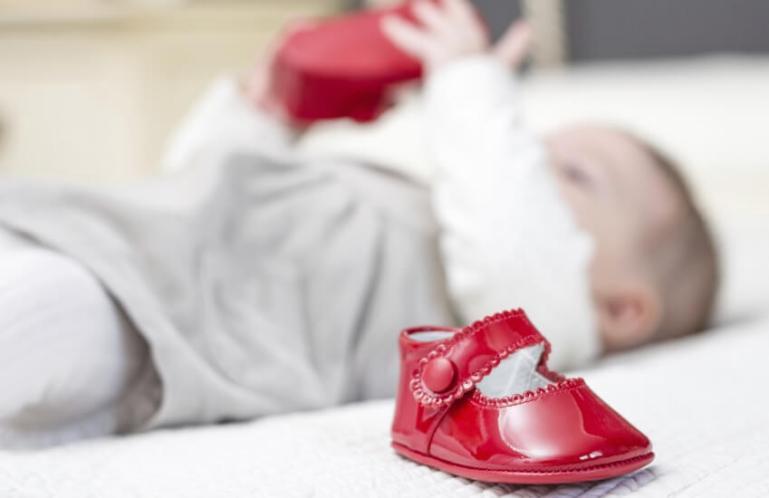 Выбираем обувь на первые шаги