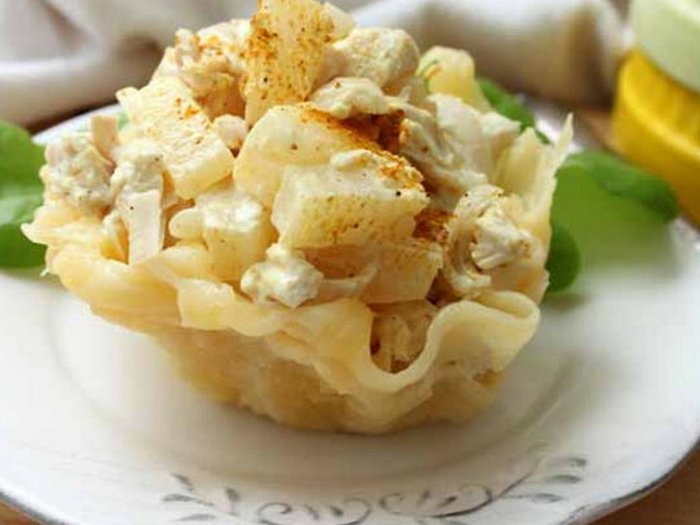 Необычные и вкусные салатные сырные корзиночки