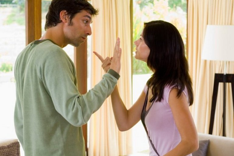 10 признаков того, что мужчина разрушает свою женщину