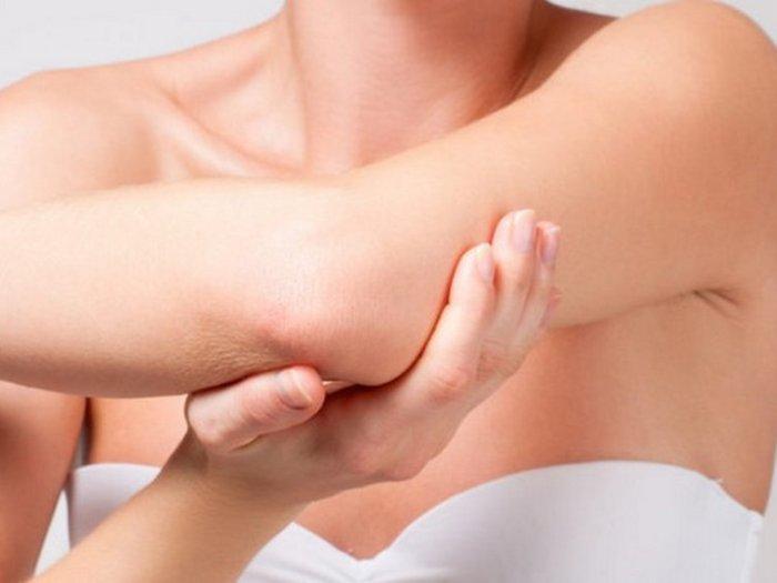 Сухая кожа на локтях – причины и способы борьбы
